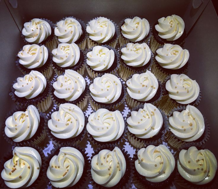 Devil choc cupcake minis with cream chesse frosting...