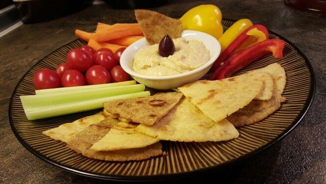 Thin pita bread by yiayia Tsampika - Λεπτή Πιτα Ρόδου της Γιαγιάς Τσαμπικας