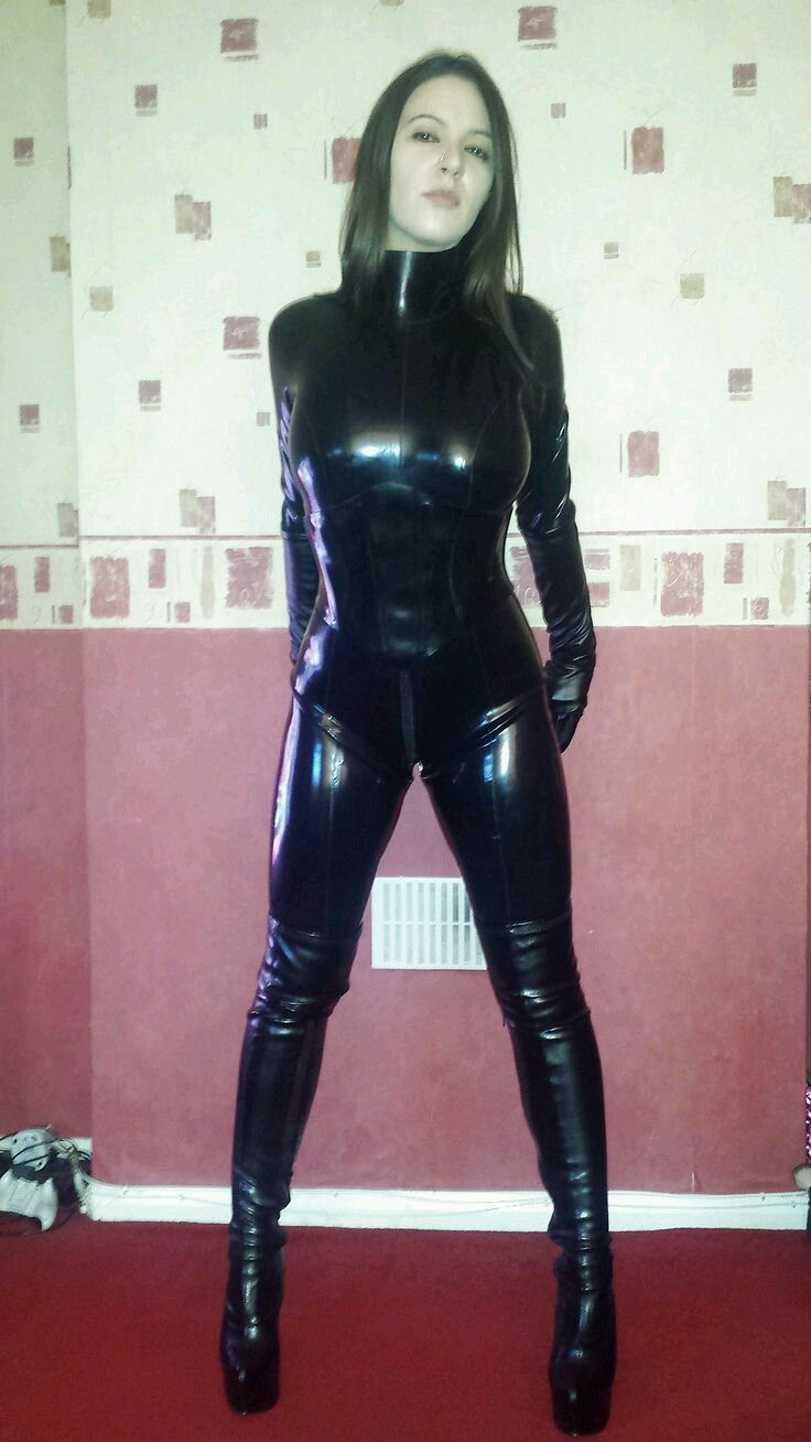 Amateur latex sex