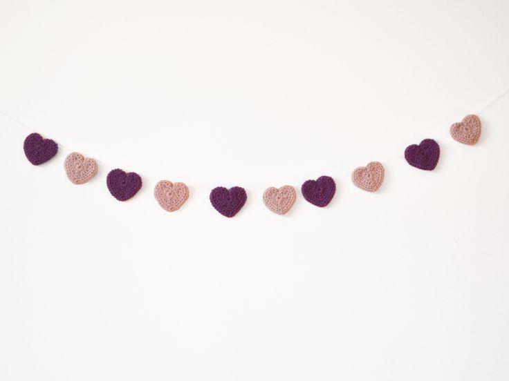 Bandeirola de crochê - Corações lilás e roxo