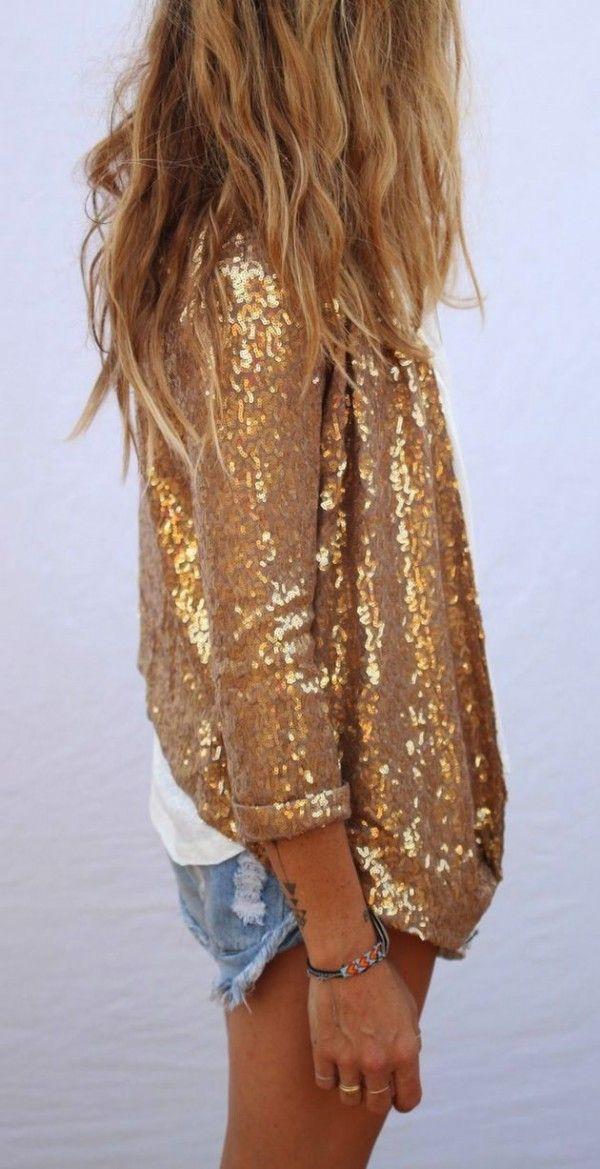 15 Outfits dorados para recibir al año nuevo como se merece