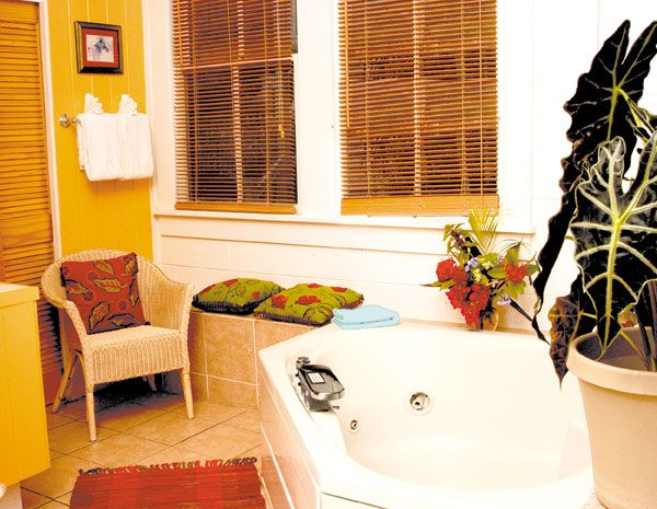 of avalon key breakfast florida keys locationphotodirectlink picture pool bed and tripadvisor west