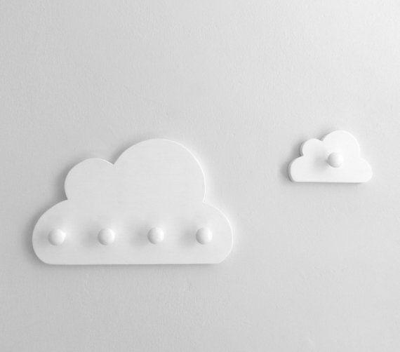 Cloud Wall Hook with 4 knobs White Cloud Nursery por MUSTERLADEN