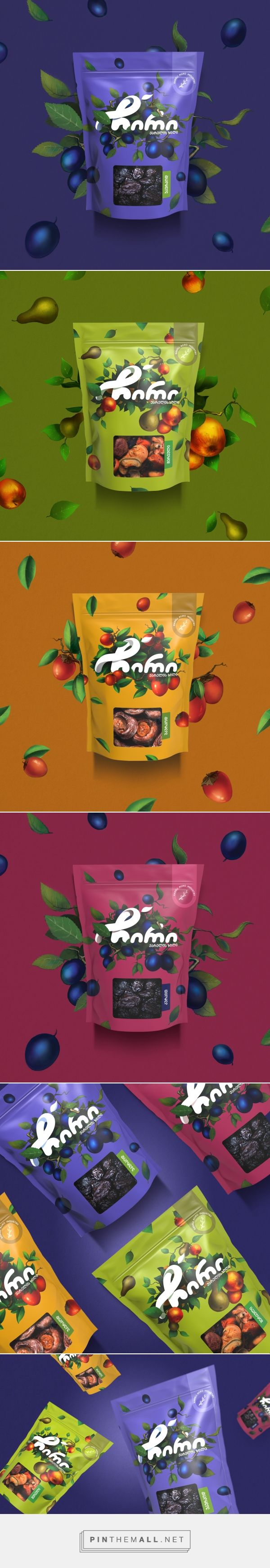 Chiri Dried Fruits Snacks - Packaging of the World - Creative Package Design Gallery - http://www.packagingoftheworld.com/2016/10/chiri-dried-fruits.html