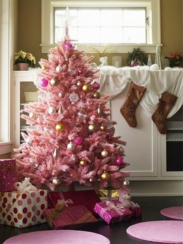 Holiday Decorating Idea: Perfectly Pink Christmas Tree #holiday #christmas # Decorations #pink