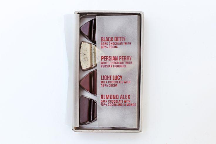 @simplychocolate #madeincopenhagen #Christmas #Chocolate #openbox #design #packaging