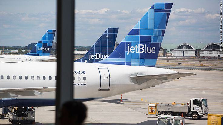 Dream of becoming a pilot? JetBlue wants you