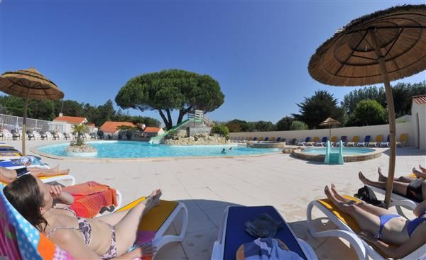 9 best Piscine chauffée images on Pinterest Camping, Chang\u0027e 3 and