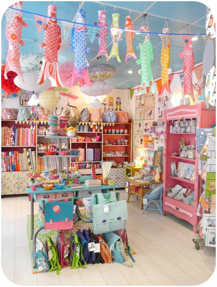 Boutique paillette angers home pinterest - Boutique free angers ...