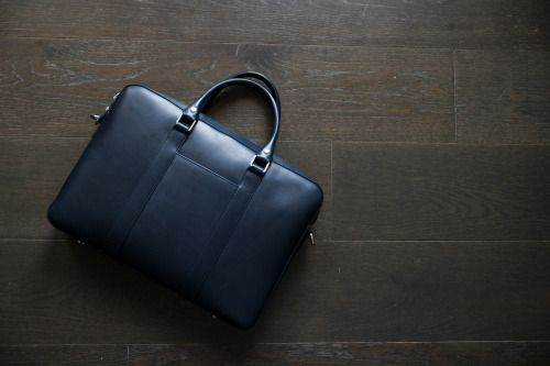 http://chicerman.com  fromsqualortoballer:  A Closer Look:Linjer Leather Goods  As many of you know this blog rarely focuses on the most expensive or least expensive items out there. There are other sites that write about the polar ends of the menswear spectrum; instead I try to find products that provide the best value and that is rarely present on the extreme ends of what is available. So when my friends Roman and Jenn wanted to meet up and discuss their new leather goods company that…
