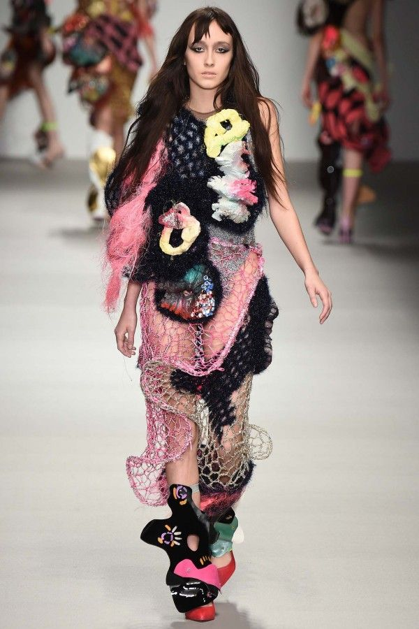 High #Fashion #Crochet on the Runways and Celebrities