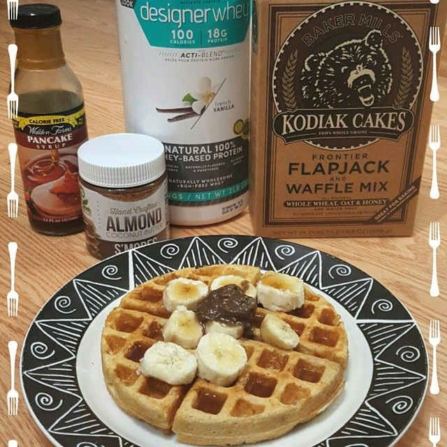 Does a waffle get any more perfect than this?! This is just 1/3c of kodiak cakes, 1 scoop of vanilla protein powder and 1/2c of water. Too easy! Topped with half a banana, walden farms syrup and 1tbs of nut butter!