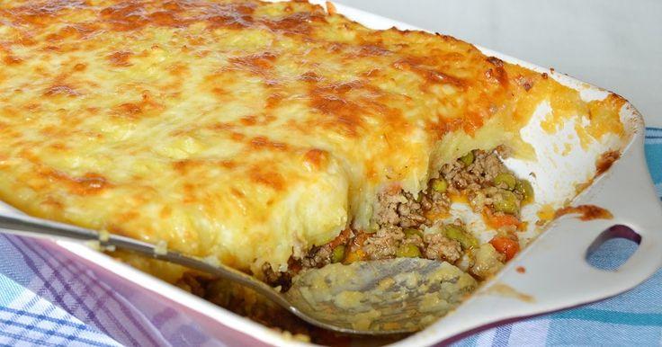 A pásztorpite egy tradicionális angol egytálétel, amit érdemes kipróbálni, mert nagyon finom.  Hagyományosan nem teszünk sajtot a tetej...