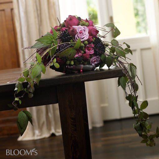 pin von johanna mellin auf flowers pinterest brautstr u e rose und gestecke. Black Bedroom Furniture Sets. Home Design Ideas