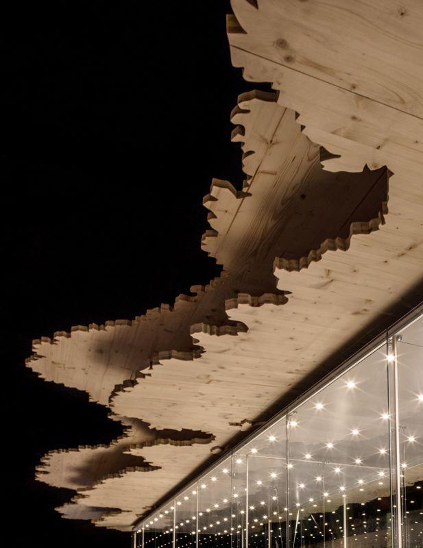 Expozice Myslivost - Národní zemědělské muzeum - Praha / architekt MgA. Jakub Turek, M Plus / Svitidla View / Palco / by iGuzzini Illuminazione / Foto © Zuzana Lazarova #iGuzzini #Lighting #Light #Luce #Lumière #Licht #Svetlo #NZM #Praha #Myslivost #expozice #View #Palco #Muzeum #Galleries #Grotta