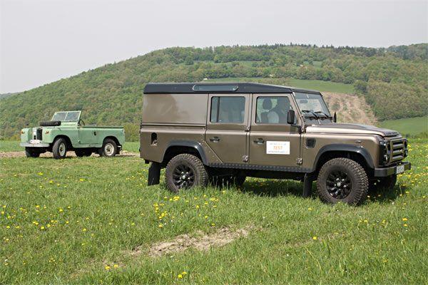 http://www.gelaendewagen.at/images32/land_rover_defender_rough/land_rover_defender_rough_7.jpg