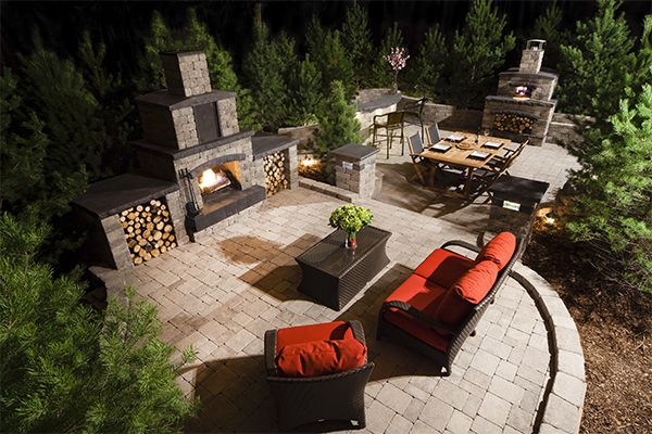 Create a backyard centerpiece with our easy-to-install Stone Oasis Fireplace.