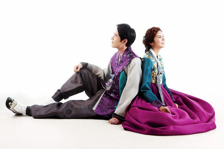 Couple 한복 Hanbok / Traditional Korean dress / Design by Kim Me Hee