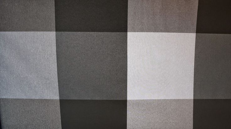 Tekstil voksdug med tern, pris 159 kr pr. meter www.skumhuset.dk