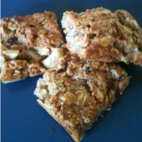 Healthy Recipe For Oat, Apple and Sultanta Bars