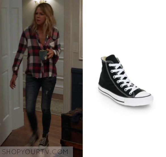"""The Mick 1x15 - Mackenzie 'Mickey' Murphy (Kaitlin Olson) wears these lace up black and white canvas sneakers in this episode of The Mick, """"The New Girl"""". They are the Converse Chuck Taylor High Top Sneakers."""