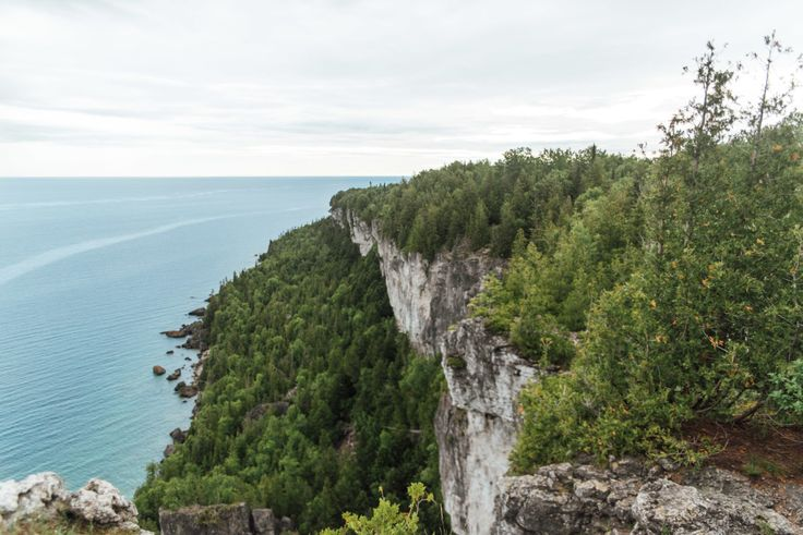 Lion's Head Hiking, Bruce Peninsula Ontario Canada
