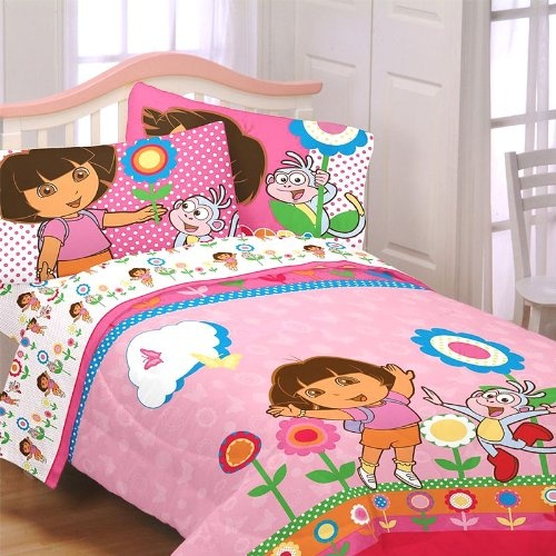 51 best images about dora stuff on pinterest toddler bed for Dora the explorer bedroom ideas