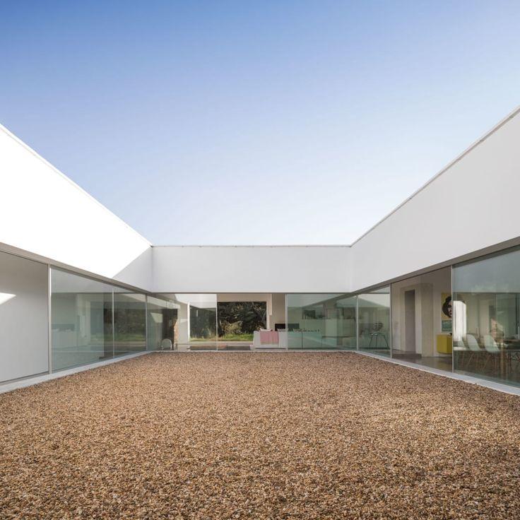 PROMONTORIO, Fernando Guerra / FG+SG · Patio House