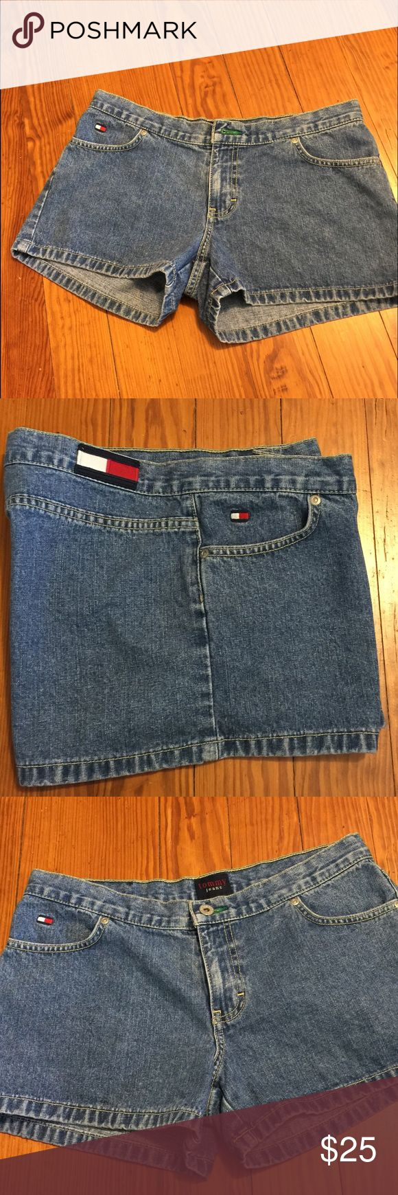 Tommy Hilfiger  jeans shorts Tommy jeans denim shorts excellent excellent used condition size 9 no back pockets  (Shop and feel good about it 😁. Part of the money u spend goes to Purple Heart Foundation 💜) Tommy Hilfiger Shorts Jean Shorts