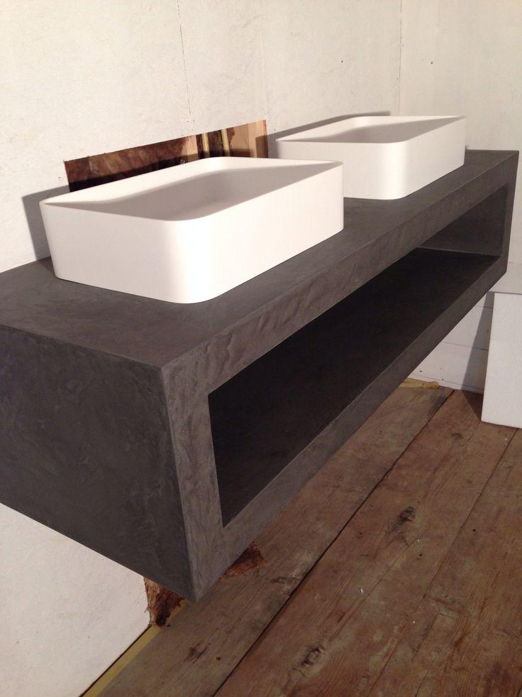 Luxe badkamer meubel voorzien van Beal Mortex voor zeer exclusief woonhuis te Bentveld