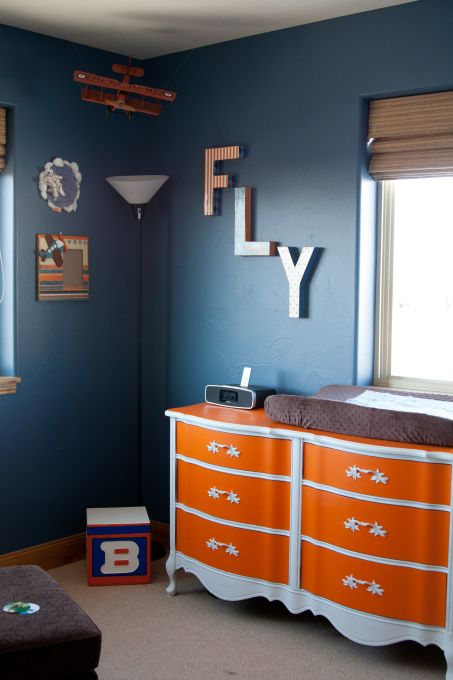 blue & orange airplane nursery - love the simplicity. Simplicity is key.