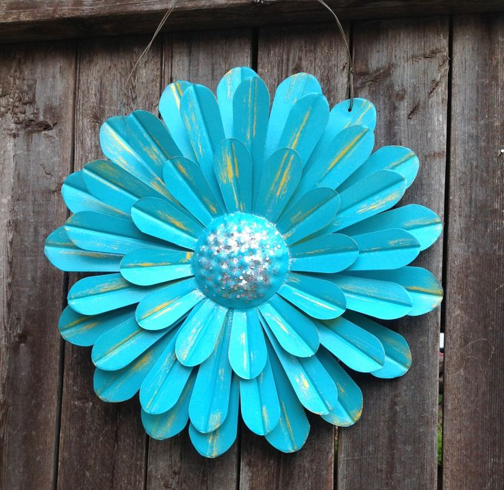"""Turquoise Blue Metal Flower / Hanging 14"""" Zinnia / Front"""