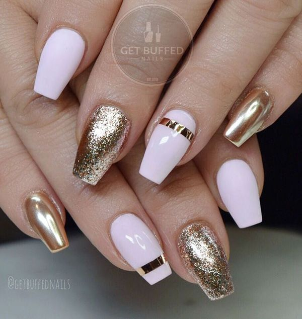 Here is enough to say: pure luxury on your nails!