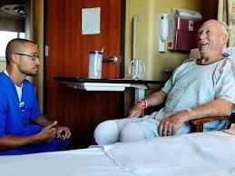 Auxiliar de Enfermería: Empleo y Funciones.