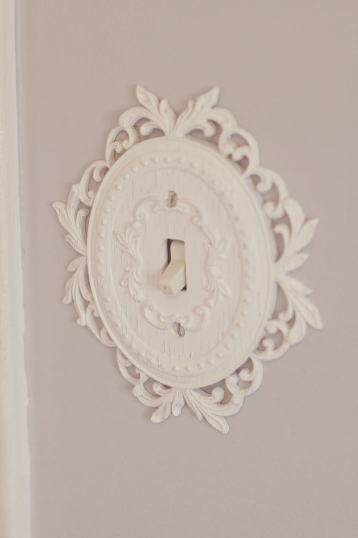 Really want to find a light switch cover for the girls room like this! Light switch cover. Cute, and I just like the overall idea of switching to a more unique cover!