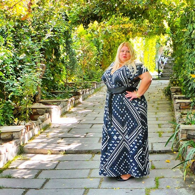 After Dubai, you appreciate the greenery!  Wearing: @debenhams dress @asos obi belt @marcjacobs flats   #dressup 	 #beyou 	 #curvy 	 #selflove 	 #biggirl 	 #femme 	 #effyourbeautystandards 	 #aroundtheworld 	 #plussizefashion 	 #instaplus 	 #styleoftheday 	 #notperfect 	 #fatface 	 #bodypositive 	 #ootnmagazine 	 #curvygirl 	 #iamwhoiam 	 #overweight 	 #fatshion 	 #fashionbombdaily 	 #celebratemysize 	 #psblogger 	 #fullfigured 	 #bigandbeautiful 	 #fashionforwardplus 	 #plussizebeauty 	…