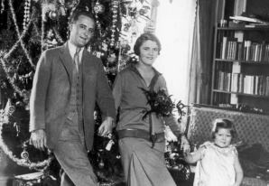 Francis Scott Fitzgerald and the family