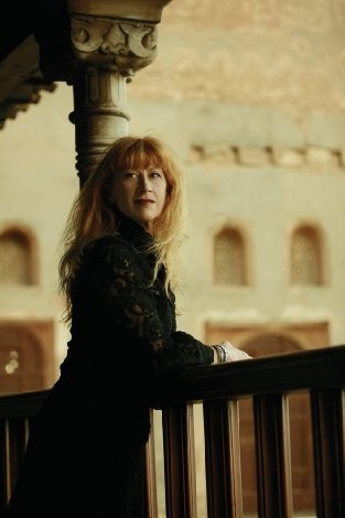 Standing on the bridge that crosses The river that goes out to the sea The wind is full of a thousand voices They pass by the bridge and me. — Loreena McKennitt