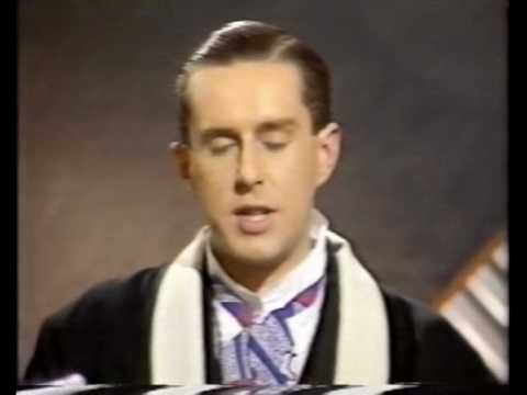 Frankie Goes To Hollywood - Holly Johnson interviewed by Terry Wogan - YouTube