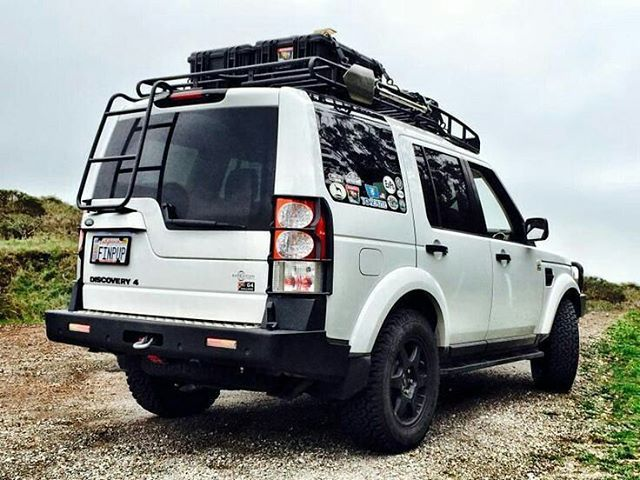 Ready for adventure! By Expedition Portal #landrover #discovery4 #discovery #lr4 #d4 #landroverphotoalbum