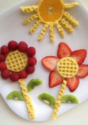 50+ Kids Food Art Lunches - Eggo Waffle Garden