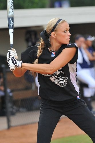 The Many Headbands of Jennie Finch: Celebrity Headband Style