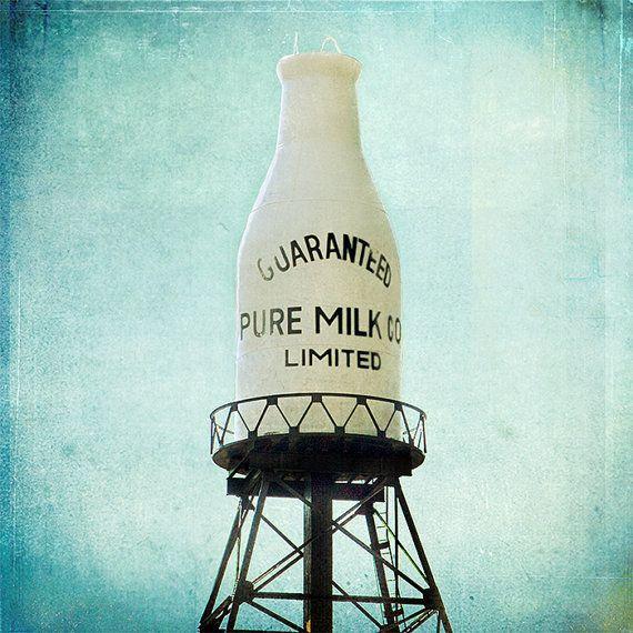 Garanti pur lait bouteille  11.5x11.5 Original signé par janeheller, $60.00