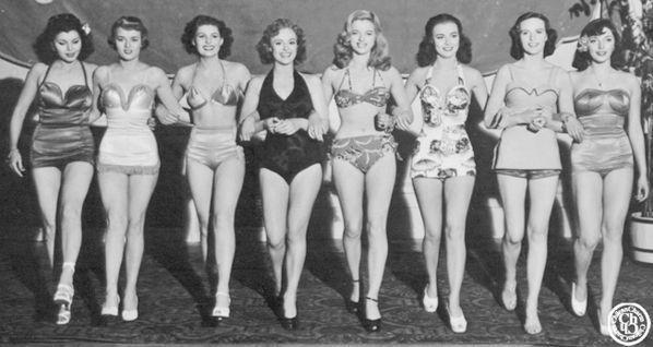 Lady Godiva Rides Again - Simone Silva, Pauline Stroud, Diana Dors, Anne Heywood, Joan Collins