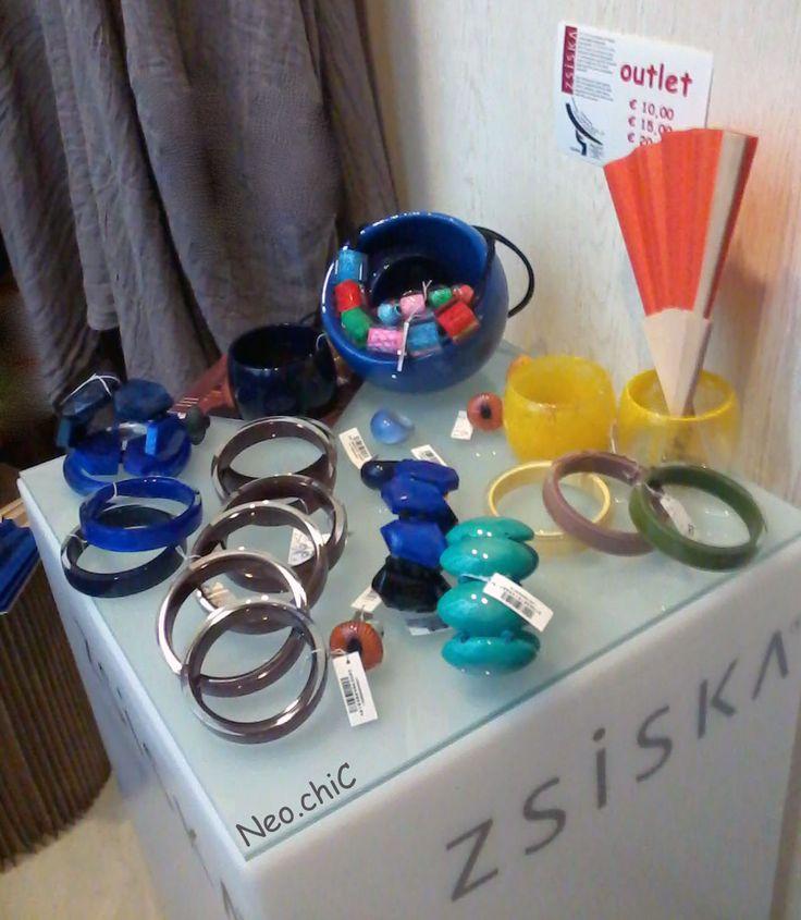 collane e bracciali ZSISKA combinazioni di colori luminosi, freschi e alla moda.