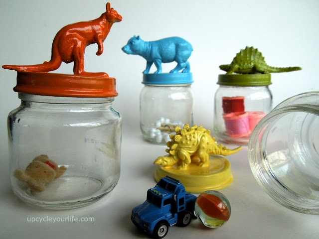 Upcycle Your Life | Upcycled Baby Food Jars with Painted Animal Lids