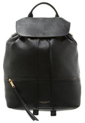 Ein modischer Rucksack für stilbewusste Frauen. Tiger of Sweden GRIFOLI - Rucksack - black für 399,95 € (13.09.15) versandkostenfrei bei Zalando bestellen.