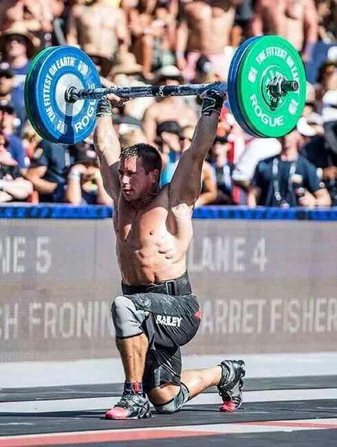 Bailey. Axle bar lunges. Cinco 2.    I look up to this guy. Watch some interviews and you'll see how awesome of a person he is.