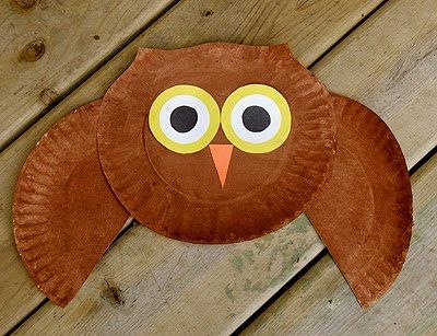 paper plate owl - Perfect activity for Owl who was afraid of the dark.