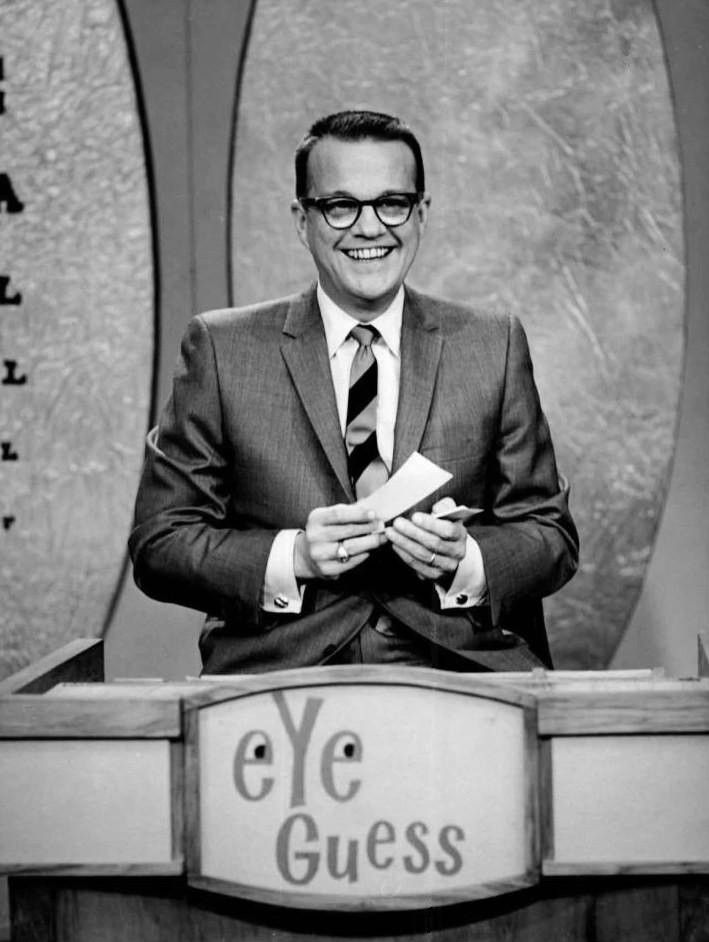 I bet you remember this face - Bill Cullen was born today 2-18 in 1920. He was a often seen TV host on programs like I've Got a Secret, The Price is Right, The Joker's Wild, Name that Tune. He passed in 1990.